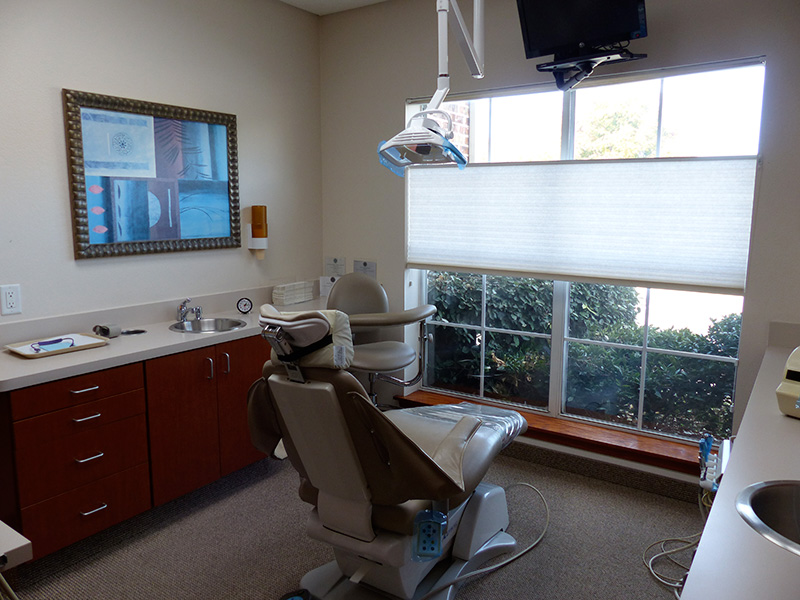 Dr. Rabinowitz Dental Office Operatory